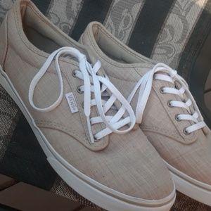 Womens 8.5 VANS Sneakers  tan/white